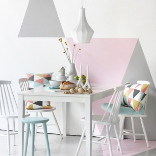 geometric-painted-wall-2