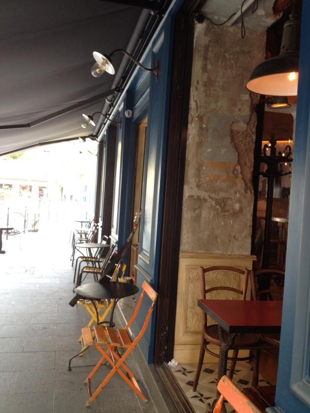 Bar comptoir central electrique street balades - Le comptoir electrique ...